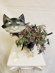 Metal Painted Kitty Planter